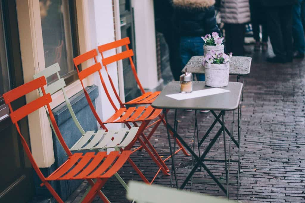 Trends And Tips For Outdoor Furniture